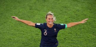 Amandine Henry, capitaine de l'Equipe de France de football féminin.